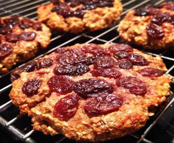 Cookies Protéinés Pomme – Cannelle