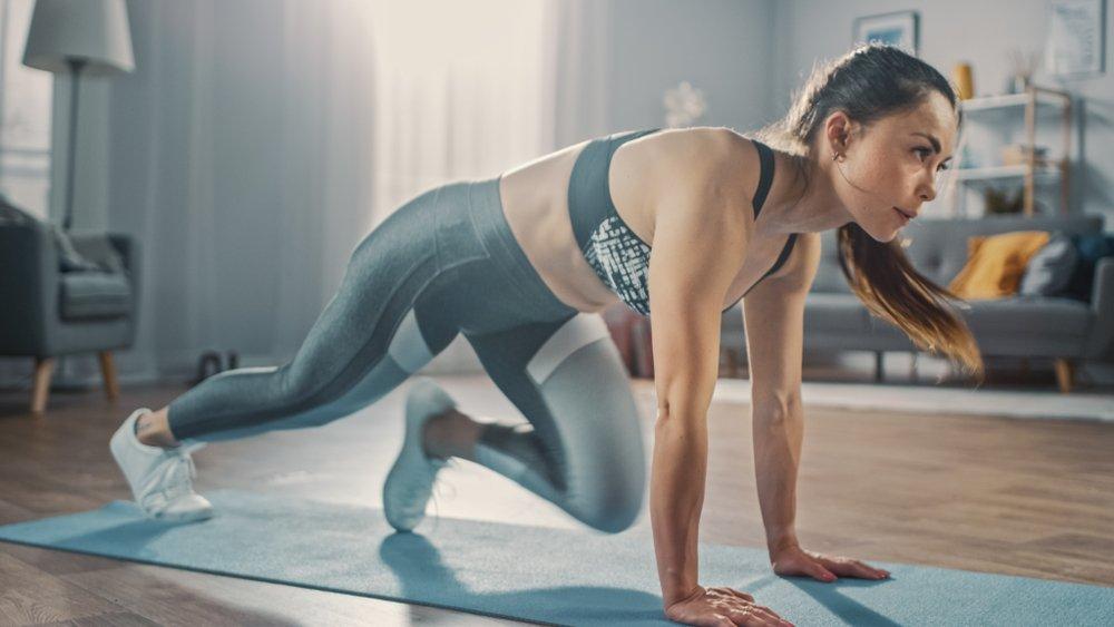 Le meilleur entraînement de 30 minutes HIIT pour brûler les calories!